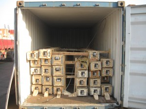 chocked blocked 300x225 - Cargo types and packing method in containers